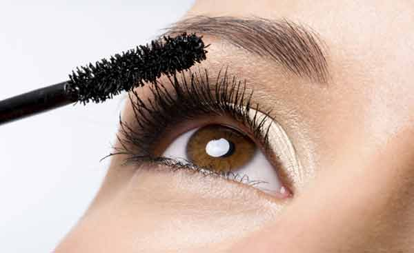 Mascara mistakes that you need to fix