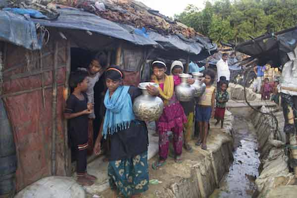 Rohingya face move to Bangladesh island
