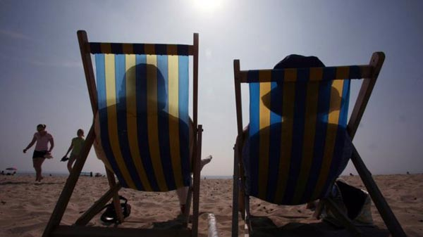 No safe way to suntan, news guidance warns