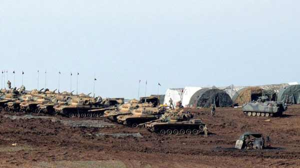Syria conflict: Turkey shells Kurdish militia