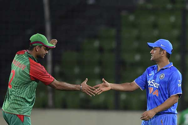 Boisterous Bangladesh eye India heist