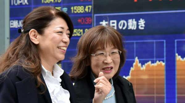 Japanese shares soar on weaker yen