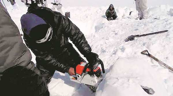Buried 25 ft under ice for 6 days, India soldier stable!