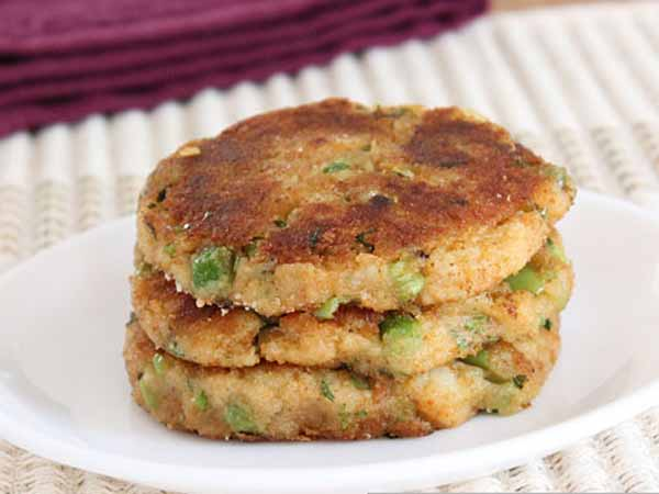 Hot and crispy aloo tikki