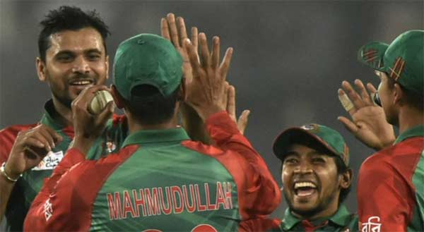 In-form Bangladesh look to trip up Pakistan again