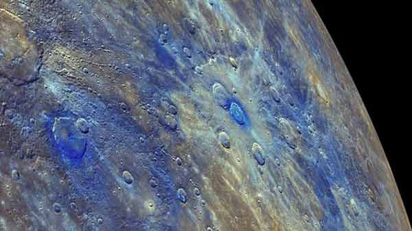 Dark Mercury's 'pencil lead crust' revealed
