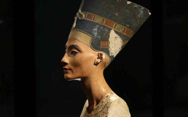 Queen Nefertiti mystery may be solved