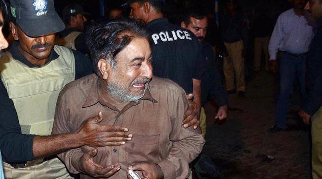 Suicide attack kills 69 in Pakistan