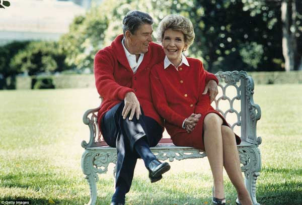 Nancy Reagan death: President Obama leads tributes
