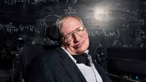 Hawking backs interstellar travel project