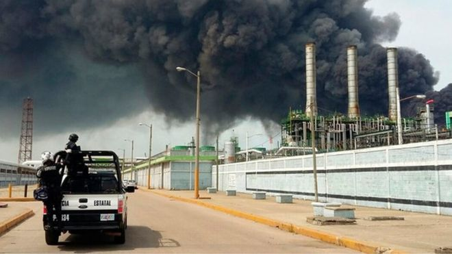 3 killed, 136 injured as deadly blast hits Mexico oil plant