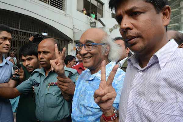 Arrest of Bangladesh journalist irks Catholic workers