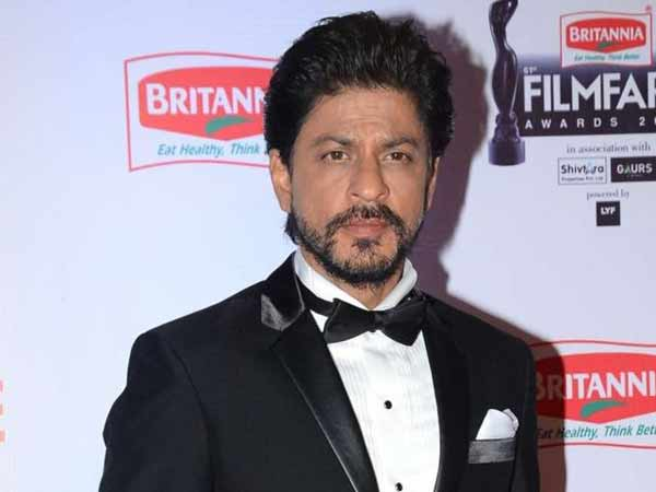 Pakistan bans Shah Rukh Khan film Raees