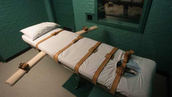Pfizer acts over lethal injections