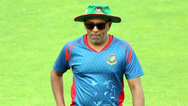 Uncertainty over Hathurusingha's future as Bangladesh coach