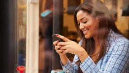 Women more vulnerable to smartphone addiction than men