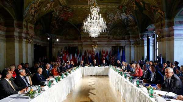 World powers seek to revive Syria talks
