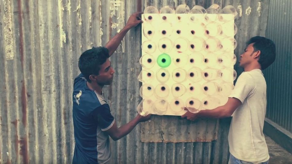 No-electricity cooler made with plastic bottles is helping Bangladesh cope with summer