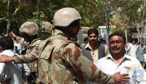 Hospital blast kills 70 in Pakistan