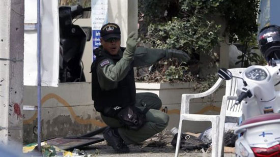 String of bombs rocks tourist spots in Thailand