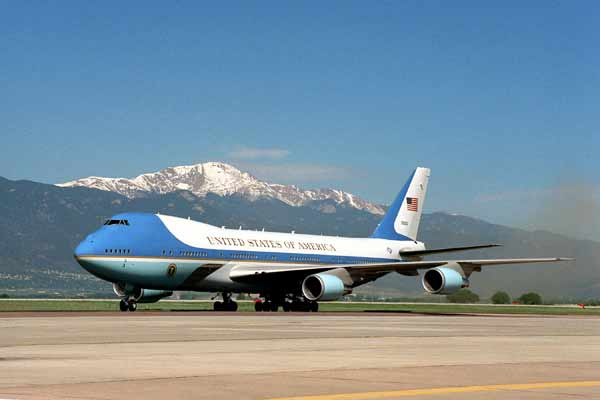 Air Force One order should be cancelled: Trump