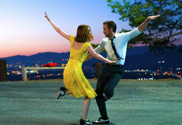 'La La Land' director breaks down the movie's amazing opening