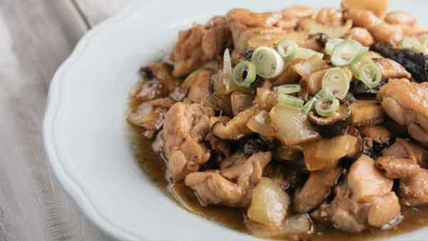 Delicious chicken with Oyster Sauce, a side dish