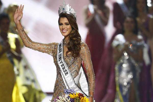 Miss France wins Miss Universe crown
