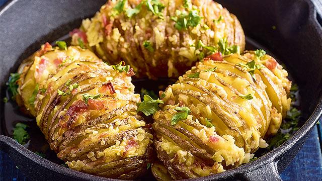 Yummiest Garlic and Cheese Hasselback Potatoes