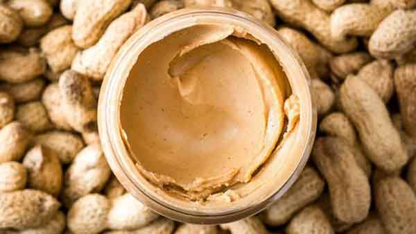 Give peanut to babies early