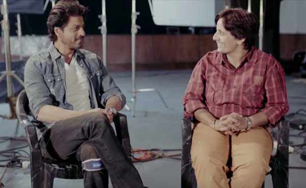 Shah Rukh meets woman cabbie who lives a raees dialogue