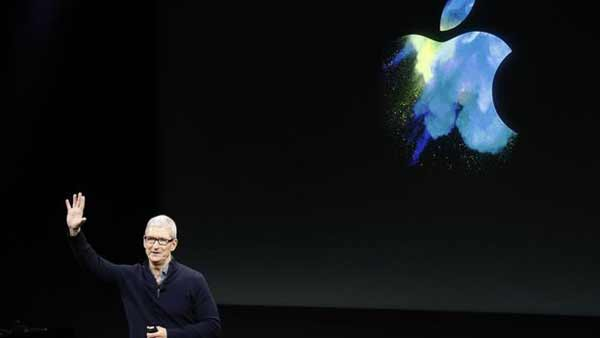 Apple returns to growth as iPhone rallies