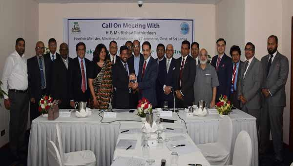 'Bangladeshi pharmaceutical industry may have bright future in Sri Lanka'