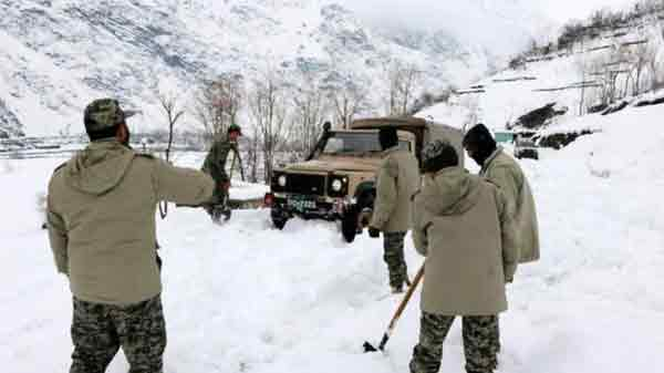 Afghanistan avalanche deaths cross 100