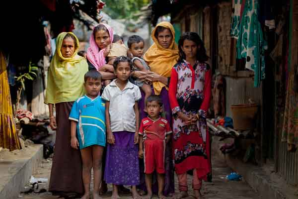 Myanmar security forces raped Rohingya women, girls: HRW