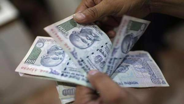 Indian rupee strengthens by 4 paisa on dollar selling