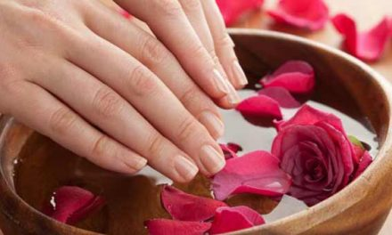 Tips to do perfect manicure at home