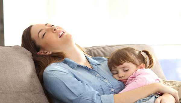 Having kids at home may lead to less sleep for women