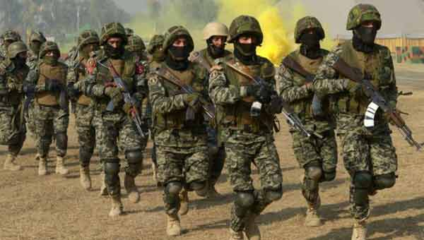 Pakistan reinstates secret military courts