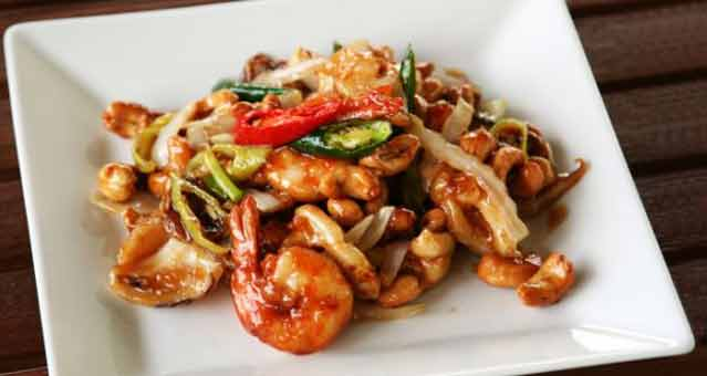 Delicious chilli prawns