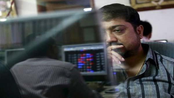 Sensex plunges 218 points on weak global cues