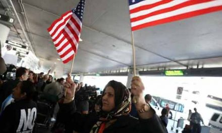 US judge blocks new Trump travel ban