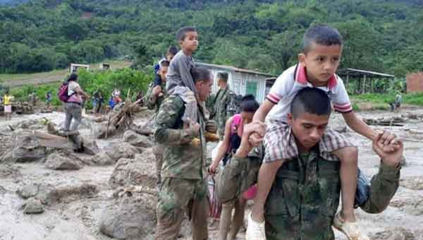Colombia landslide 'killed 44 children'
