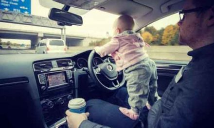 Toddler 'drives' on Dublin motorway – with help from dad