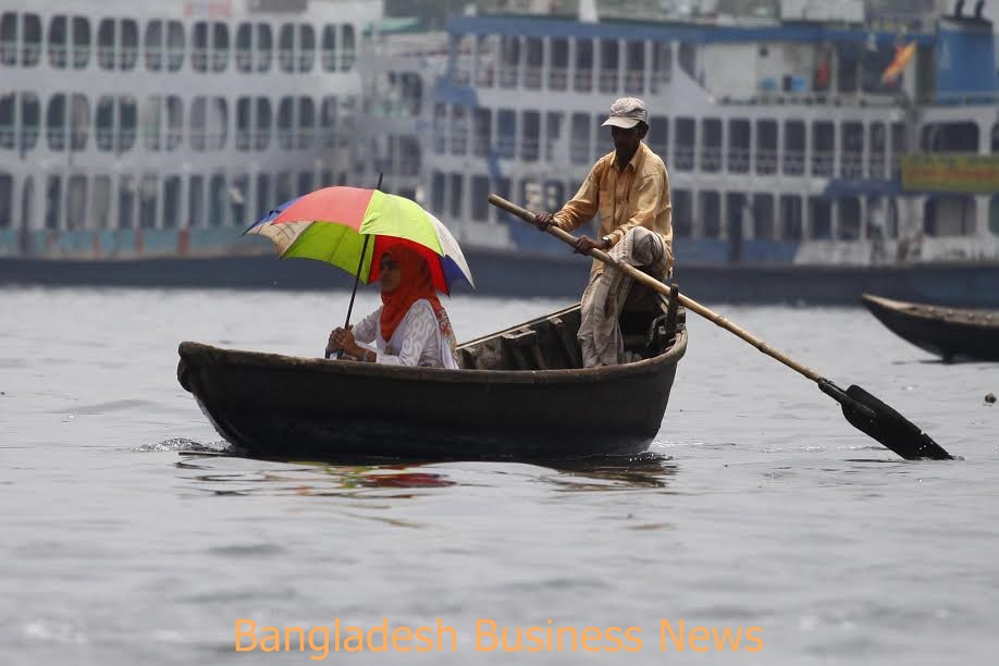 Buriganga river 3