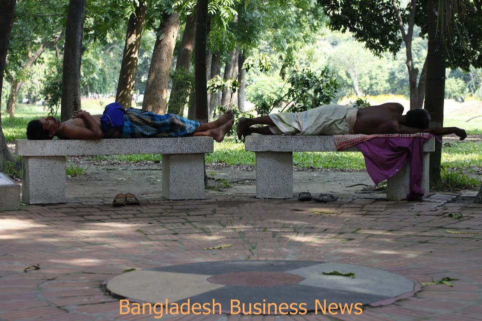 Heat wave in Ramna Park