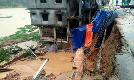 Landslides kill 130 in southeastern Bangladesh