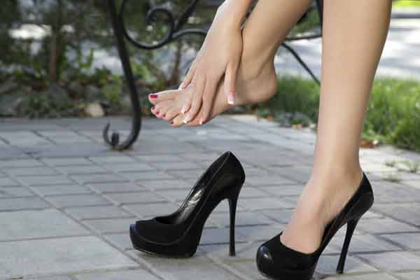 High-heel wearing should not be forced: Study