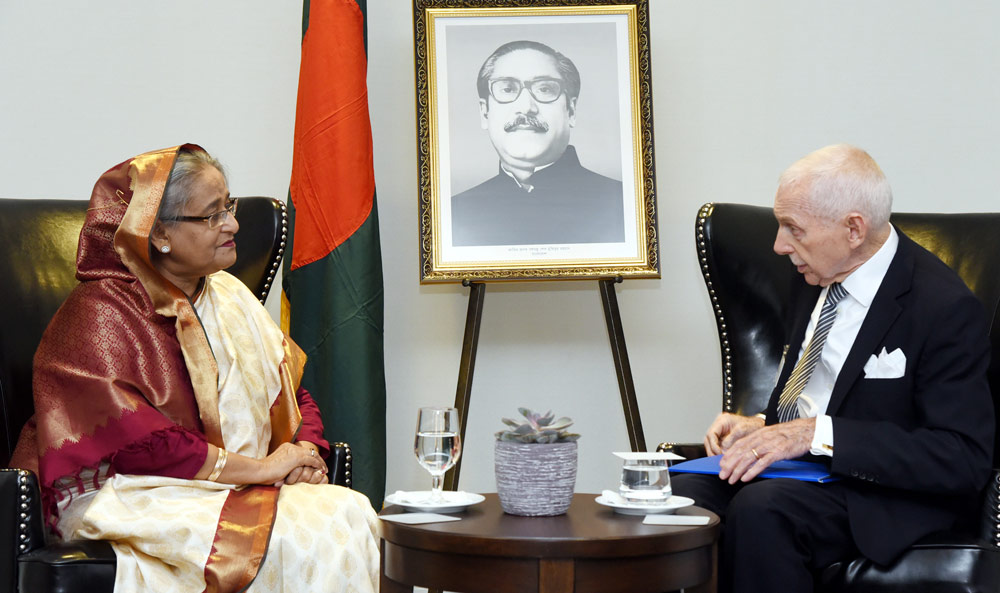 Hasina-with-IOM-chief-1