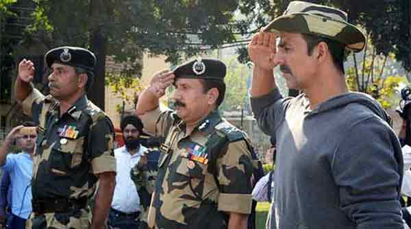 Akshay donates Rs 25 lakhs for policemen, army personnel families